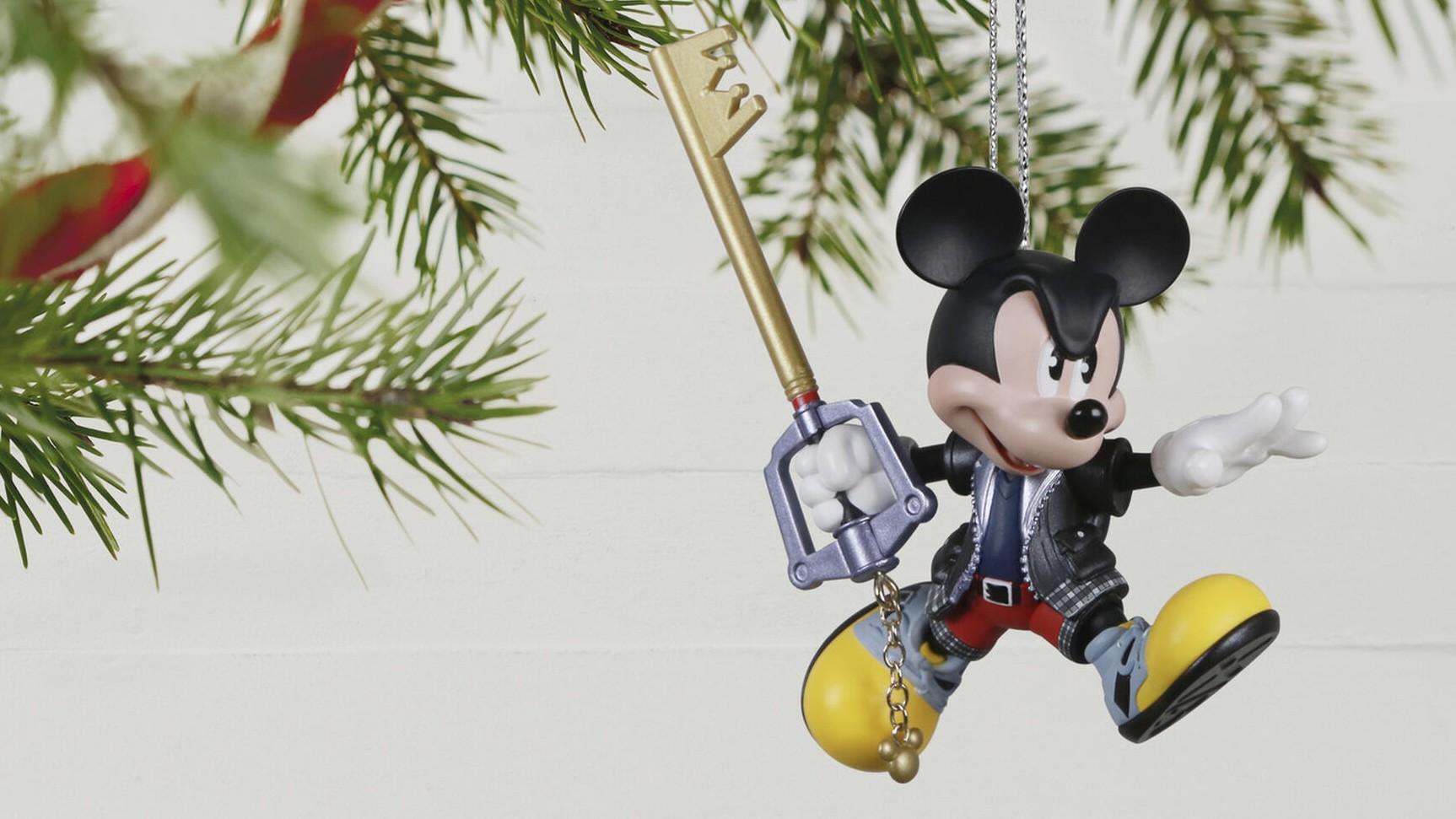 kingdom hearts king mickey ornament