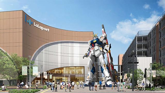 Life-sized Nu Gundam statue in Fukuoka